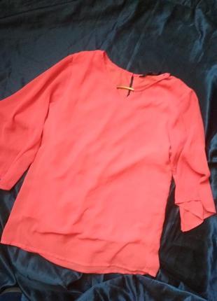 Коралловая блуза