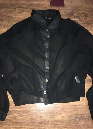 Новенька чорна сорочка
