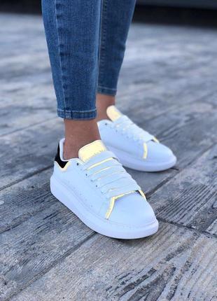 Рефлективные кроссовки alexnader mcqueen в белом цвете (весна-лето-осень)😍