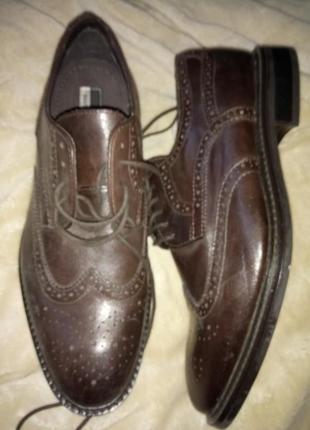Очень стильние кожание туфли