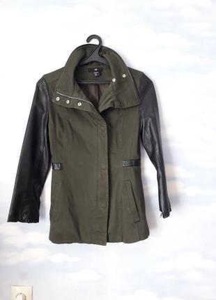 Пальто , куртка . рассмотрю обмен