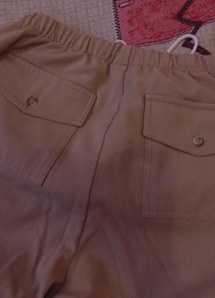 Штаны брюки бежевого\ песочного цвета модного кроя