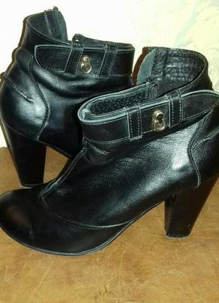 Ботинки ботиночки кожа