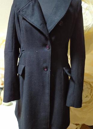 Брендовое шерстяное зимнее пальто