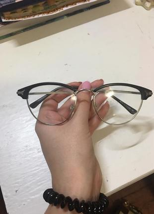 Очки, имиджевые очки