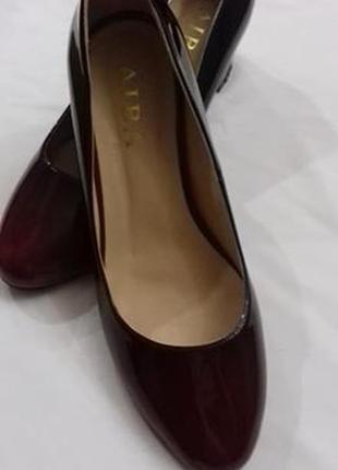 Лаковые туфли амбре