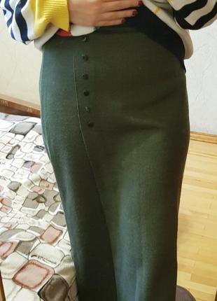 Теплая юбка миди бутылочного цвета
