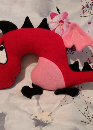 Дорожная подушка-игрушка дракоша