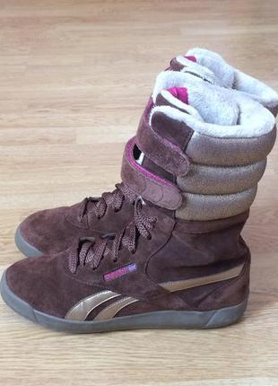 Замшевые ботинки reebok оригинал 38 размера