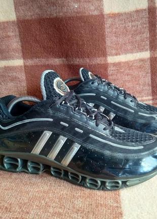 Кроссовки adidas a3