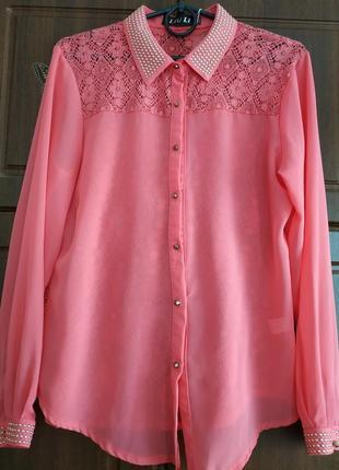 Нарядная розовая блуза.