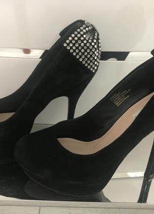 Замшевые туфли steve madden р.39