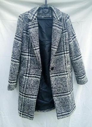 Демисезонное пальто в клетку бойфренд прямого кроя select