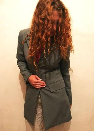Элегантный серый пиджак кардиган