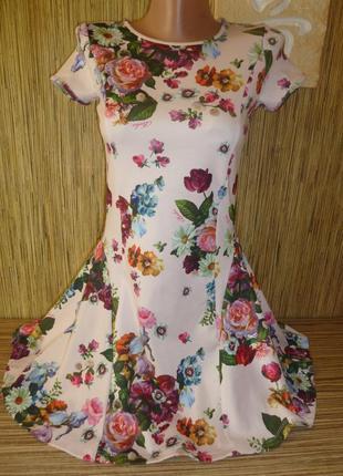 Нарядное платье в цветы на 11-12 лет