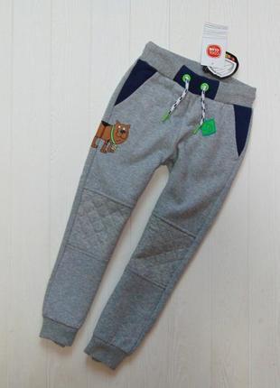 Cool club. размер 5 лет. новые стильные спортивные штаны для мальчика