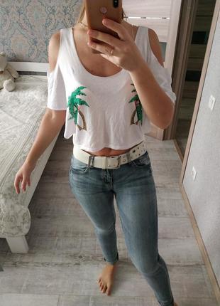 Легкий красивый летний топ футболка с открытыми плечами пальмы