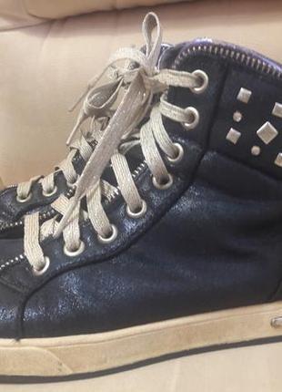 Ботинки скечерз