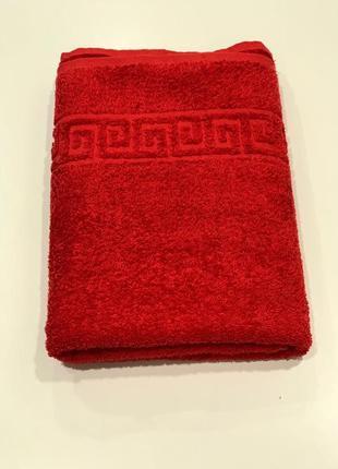 Полотенце махровое банное красное новое