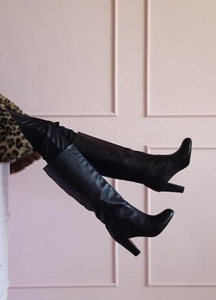 Черные кожаные женские сапоги ботфорты penny black на каблуке 39 подразделение max mara