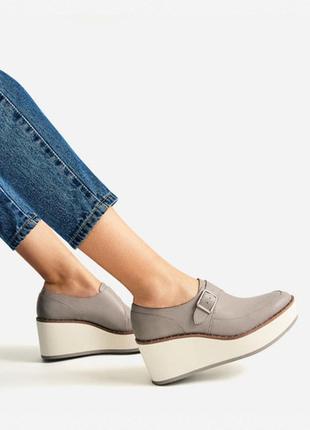 Кожаные туфли на платформе zara
