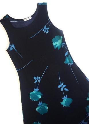 Чёрное платье в голубой цветочек от topshop