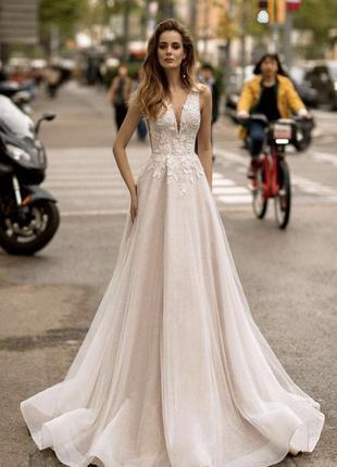 Свадебное платья бренда ricca sposa