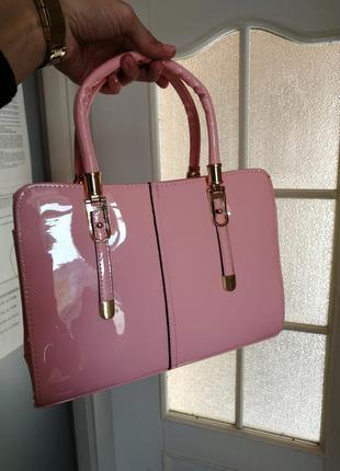 Шикарная розовая сумка короткая длинная ручка