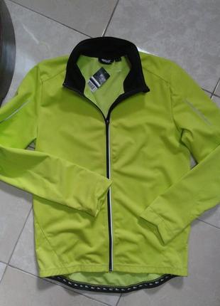 Непродуваемая и водоотталкивающая куртка softshell 52-54 crivit германия