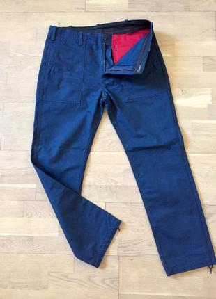 Плотные прочные штаны levis размер 32/33 (xl)