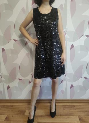 Нарядное платье на выход вечернее черное паетки блестит