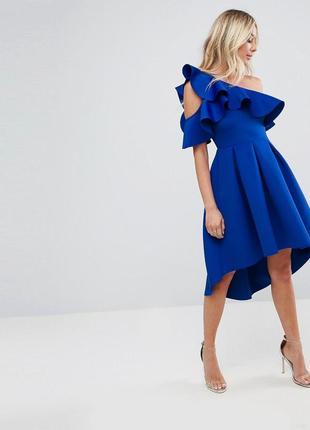 Шикарное, необычное платье