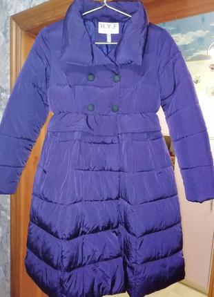Зимняя красивая куртка /пальто