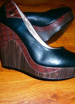 🌺👠🌺женские демисезонные туфли на танкетке🔥🔥🔥