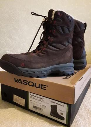 Зимние женские ботинки vasque