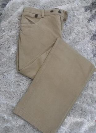 Котоновые джинсы,брюки от calvin klein