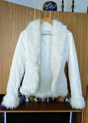 Модная куртка-пиджак с мехом