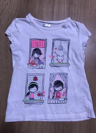 Красивая футболка с принтом