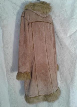 Пальто из искусственного меха песочного цвета,м -l.2