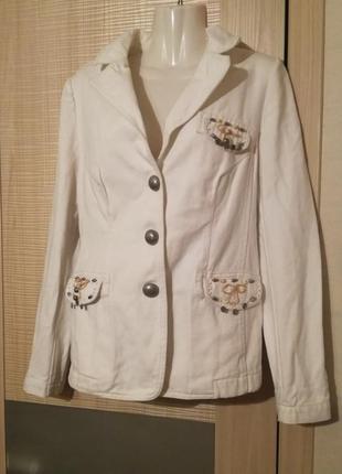 Катонновый плотный пиджак,жакет с декором lema.большой размер