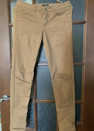 Коричневые штаны в обтяжку h&m