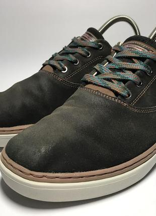 Мужские осенние кроссовки skechers
