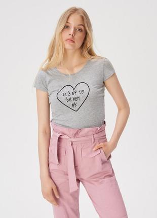 Женская футболка 1089н