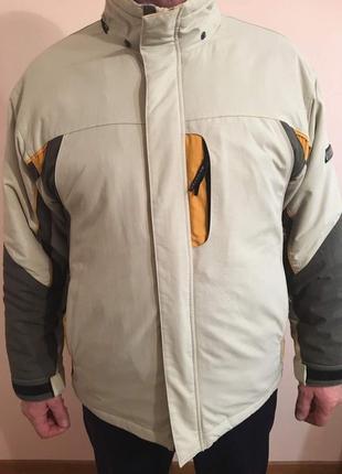 Куртка гірсько лижна спортивна