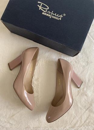 Нюдовые туфли лодочки respect 35 размер