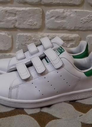 Как новые. кожаные кроссовки adidas stan smith (ориг). размер 32 (ст. 21 cм).