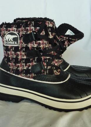 Sorel фирменные ботинки 38р, теплые, не промокают