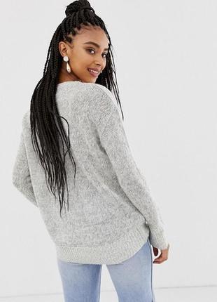 Оверсайз свитер с удлиненной спинкой серый new look