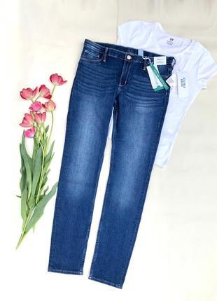 Джинсы женские синие стрейчевые фирменные размер 27 28
