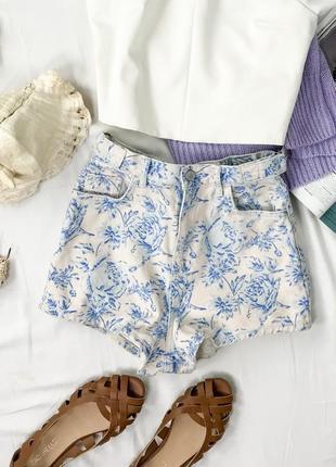 Стильные шорты в цветочный принт  pn1942060  topshop